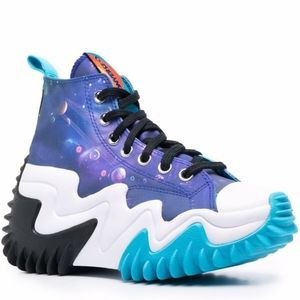 Whoa. Look at these beauties from the Future, Deadstock Converse Space Jam
